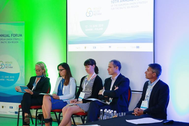 "Panel at the seminar ""Safe nutrient recycling for the Baltic Sea"""